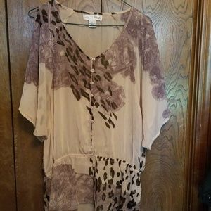 NWOT RXB adorable flowy top